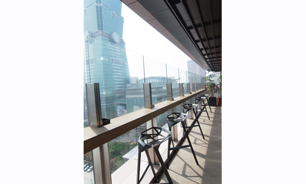 STREAM restaurant + lounge.ATT 4 FUN 日式新創意川流不息