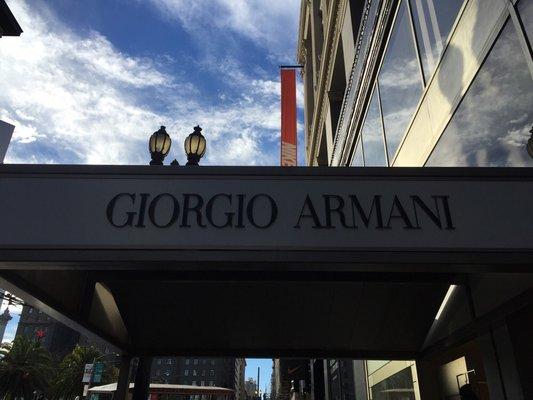 Armani教我的事:「我不在乎他沒有買,而是需求有沒有解決」 - La Vie行動家 設計改變世界