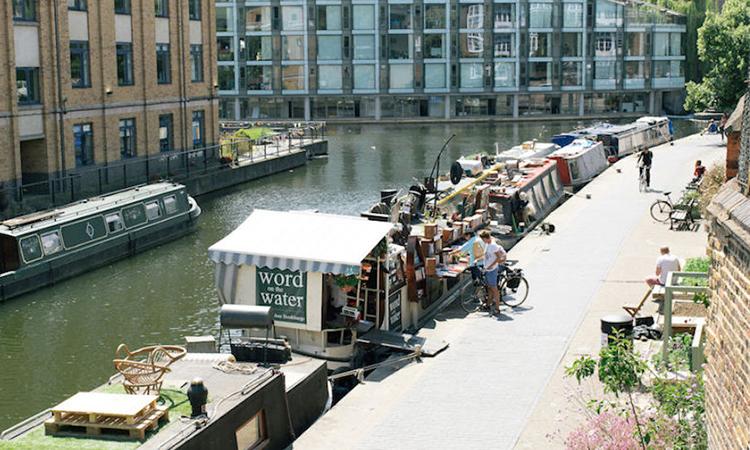 今天去船上看書吧!倫敦的河上漂流書店Word on the Water - La Vie行動家 設計改變世界