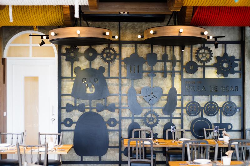 泰迪熊去泰國開餐廳了!與建築物融為一體的泰迪熊工廠餐廳