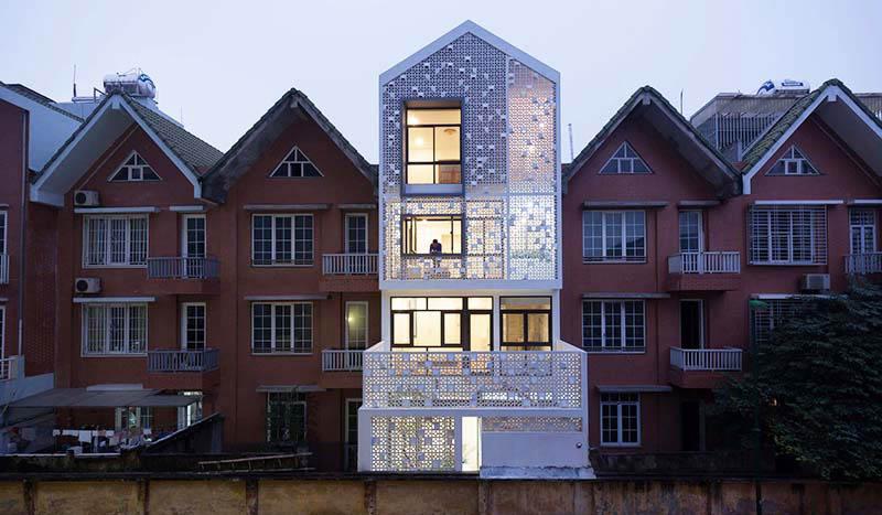 宛如穿著白紗的建築:越南Cocoon House搖身最亮眼住宅