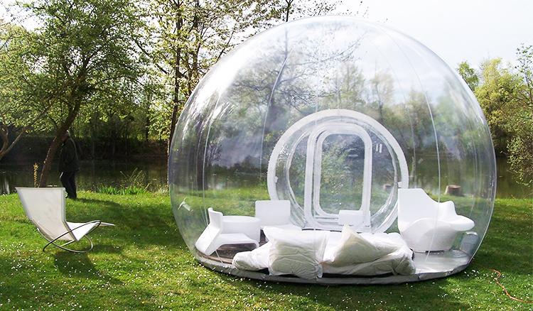 台灣也有水晶球帳篷!去八里享受一趟被浪漫泡泡包覆的夢幻露營吧!
