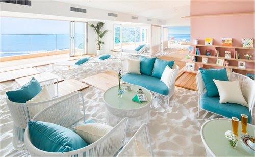 打造漂浮在天空的白色沙灘?日本「沙灘咖啡廳」讓你有置身海邊的錯覺!
