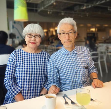 到白頭也要與你一起時尚!結婚37年天天穿「情侶裝」放閃的日本夫婦