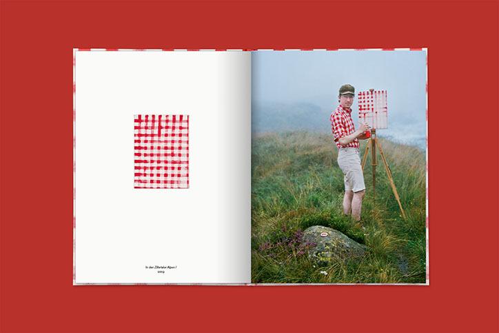 走訪莫內、梵谷畫中名景!德國藝術家不畫美景改玩「幽默」讓身上服裝入畫 - LaVie 設計改變世界