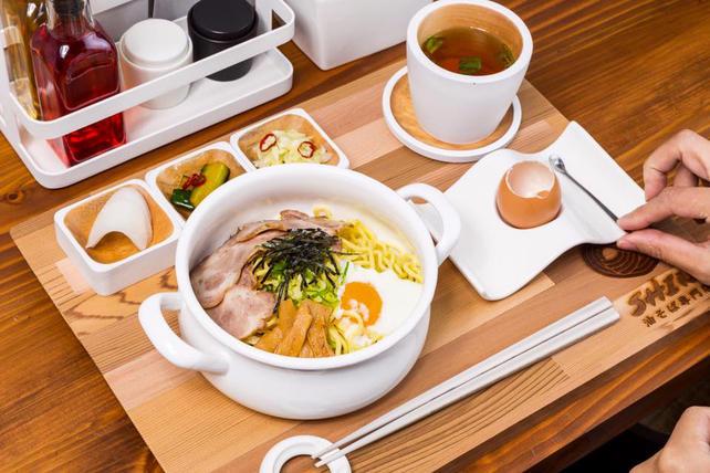 文青工業風拉麵店!台北「Aburasoba Shin 油そば専門店」讓你品嚐用心的美味 - La Vie行動家 設計改變世界