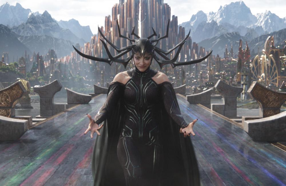 精靈女王變死亡女神!凱特布蘭琪《雷神3》詮釋漫威首位女反派首領冥后海拉