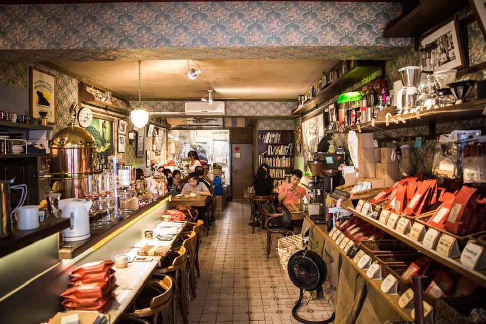 從虹吸壺看出30年的堅持!電影明星起始的老派咖啡店就坐落於景美街道!